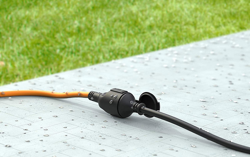 Comment bien choisir une rallonge électrique pour le jardin